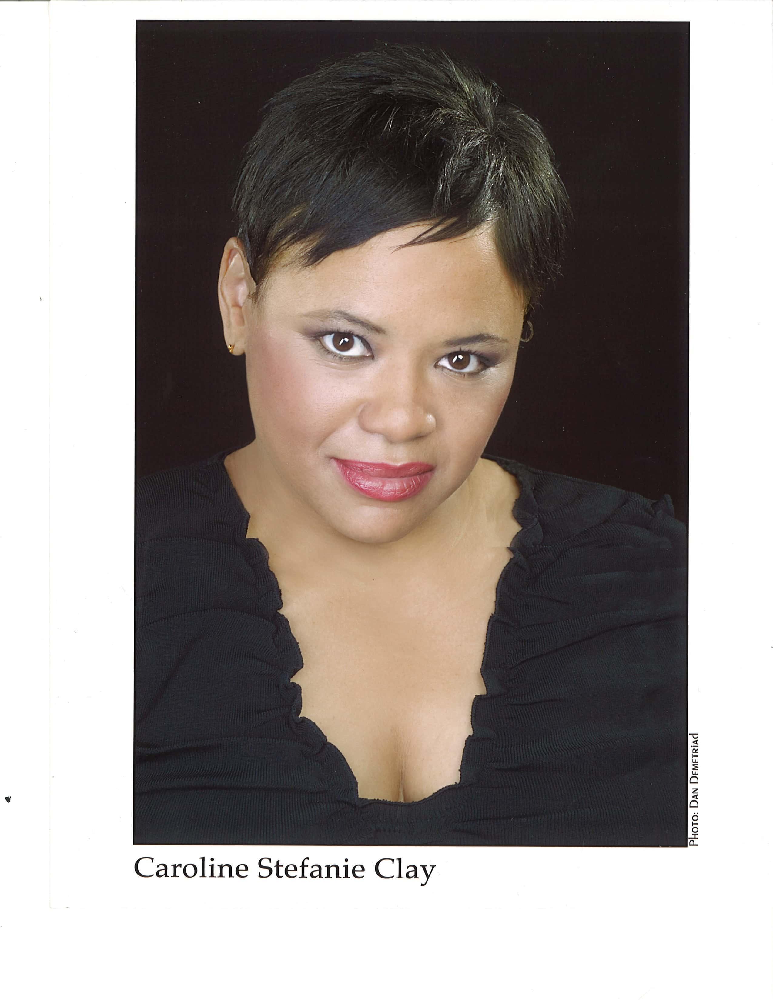 Carolines_Headshot-231x300