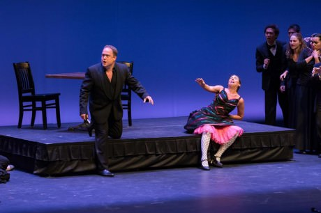 Mark Heller (Canio) and Sara Beth Pearson (Nedda) in 'I Pagliacco'. Photo courtesy of of Maryland Lyric Opera.
