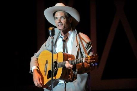 Hank Williams (Robbie Limon). Photo courtesy of Riverside Center Dinner Theater.