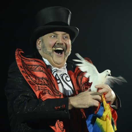 Ringmaster John Kennedy Kane. Photo courtesy of Big Apple Circus.
