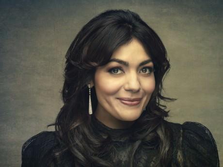 Ailyn Perez. Photo by  Molina Visuals.