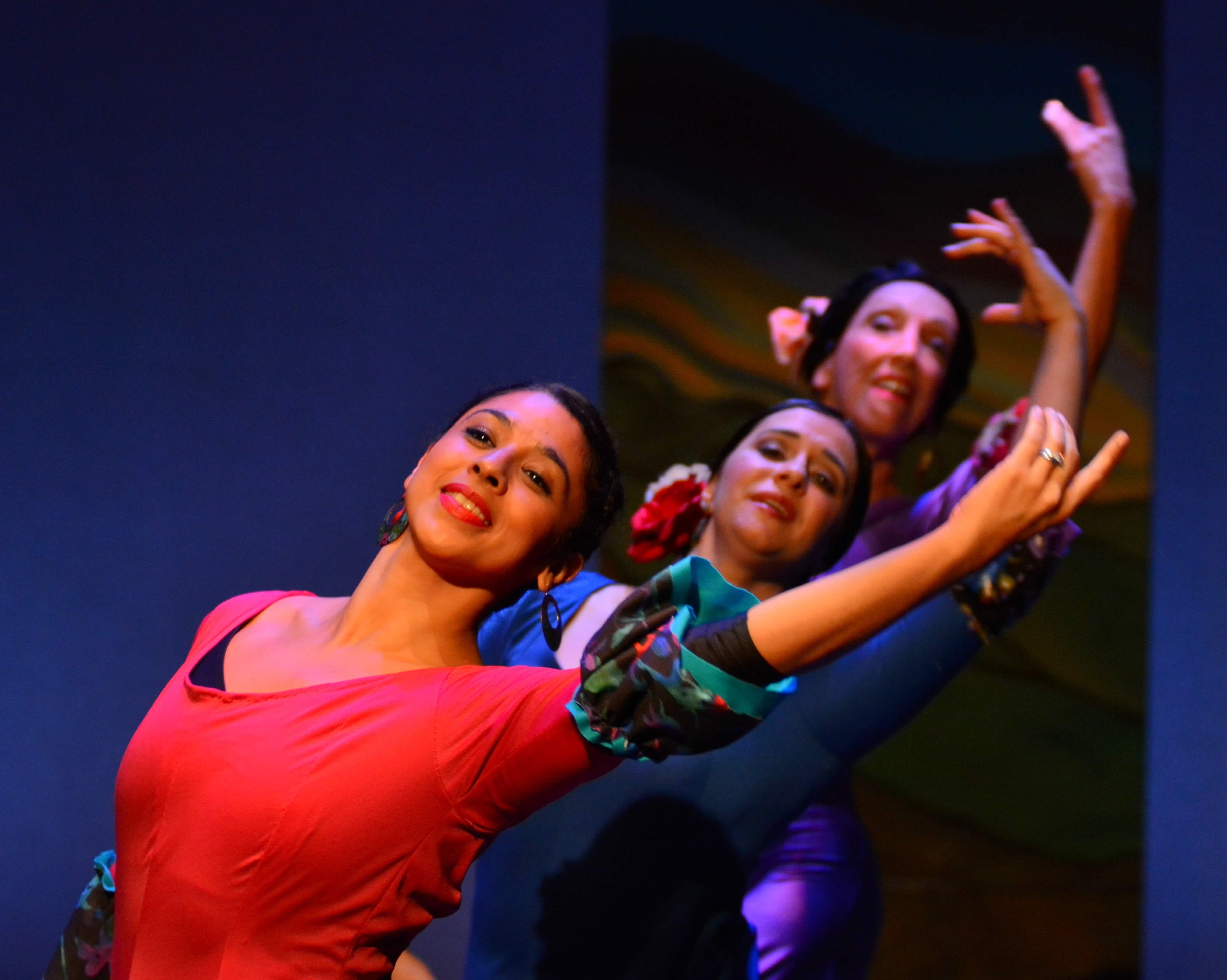 Sara Herrera, Alisa Bernstein, Laura Quiroga. Photo by Paul  Wegner.