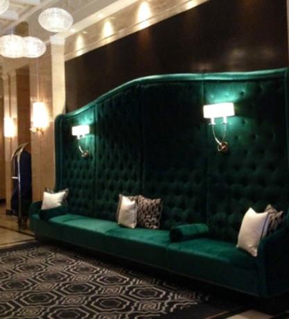 The pretty new lobby at the Sofitel.