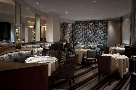 701 Restaurant Dining.