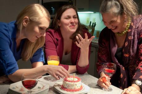 (l to r) Becca (Zarah Rautell), Izzy (Ryan Gunning), and Nat (Amy Jo Shapiro). Photo by Rachel Verhaaren.