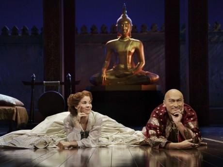 Kelli O'Hara (Anna) and Ken Watanabe (the King of Siam). Photo by Paul Kolnick.