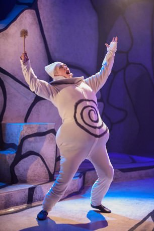 Claire Aniela as Ubu. Photo courtesy of Spooky Action Theater.