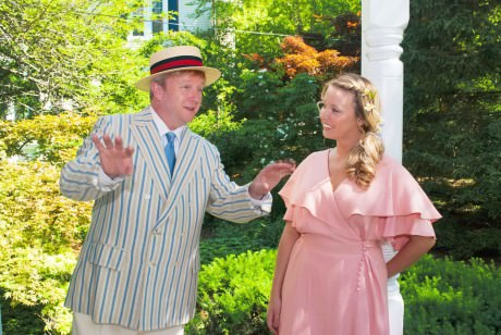 Duane Monahan (Harold Hill) and Leslie Walbert (Marian Paroo). Photo by Bruce Rosenberg.