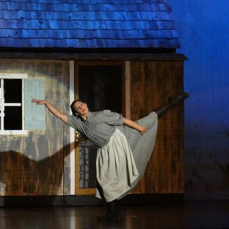 Kassi Mattera (Chava). Photo courtesy of Howard County Summer Theatre.