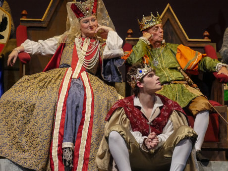 The Queen (Linda Swann) and the King (John Shackelford) don't approve of the princess that has caught the eye of their son Prince Dauntless (Mike Culhane). Photo by Andrew Culhane