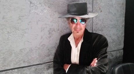 Ron Litman as Dylan. Photo by Kevin O'Reilly.