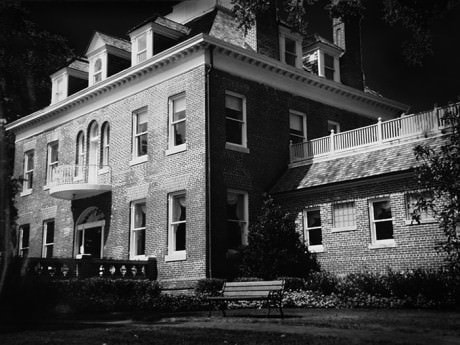 murder_at_the_mansion_001 (1)