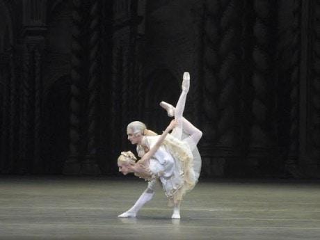 Isabella Boylston as Princess Aurora and Joseph Gorak as Prince DŽsirŽ in Alexei Ratmansky's The Sleeping Beauty. Photo: MIRA.
