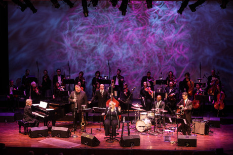 A Jazz New Year's Eve: Diane Schuur and Strings, Celebrating Sinatra's Centenary. Photo by Jati Lindsay.