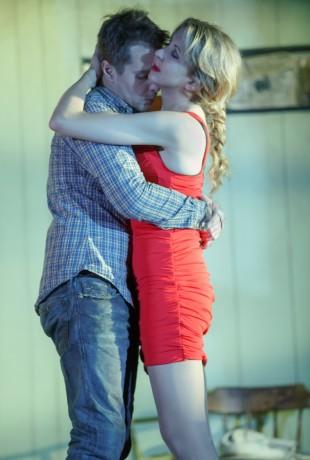 Sam Rockwell (Eddie) and Nina Arianda (May). Photo by Joan Marcus.
