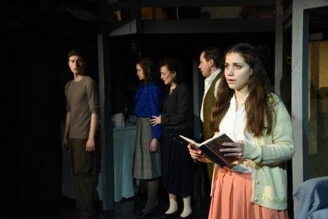 L to R: Eli Pendry (Peter), Jenny Donovan (Margot), Alicia Sweeney(Mrs. Frank), Steve Lebens (Mr. Frank), and Mia Goodman (Anne). Photo by Stan Barouh.