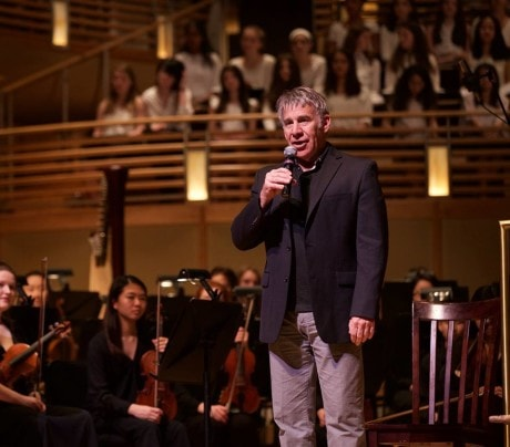 Composer Stephen Schwartz speaks to the audience before the performance. Photo by Carmelita Watkinson.