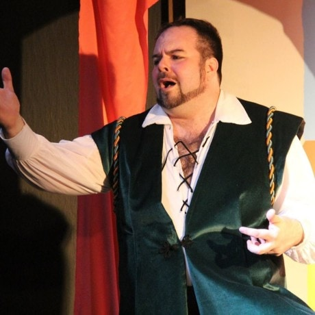 Andrew Baughman (Fred Graham/Petruchio). Photo courtesy of Washington County Playhouse.