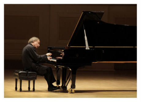 András Schiff. Photo courtesy of his website.