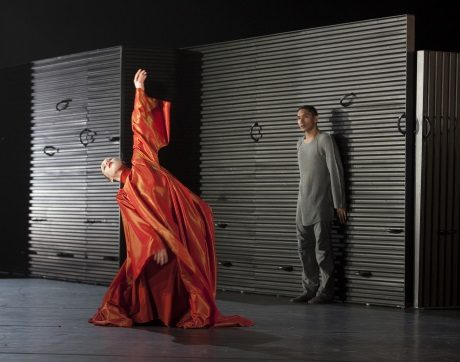 Daria Ivanova as Rosalina and Anthony Lomuljo as Romeo. Photo by Gert Weigelt.