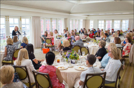 Author Kristin Hannah takes questions from the guests. Photo credit Dan Chung.