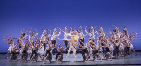 The Suzanne Farrell Ballet Choreography George Balanchine  © The George Balanchine Trust Credit Photo: Paul Kolnik studio@paulkolnik.com nyc 212-362-7778