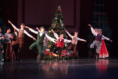 The cast of The Nutcracker. Photo by Goli Kaviani for Metropolitan Ballet Theatre 2016.