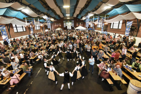Oktoberferst 2016, with dancers. Photo by Hughe Dillon.