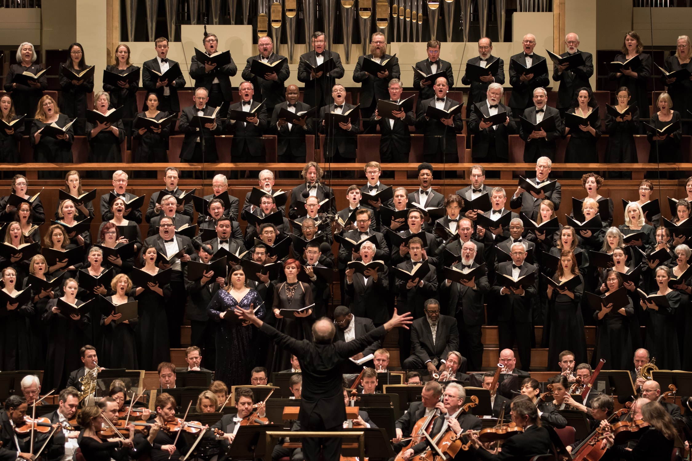 """Maestro Noseda conducts the NSO performing Verdi's """"Requiem"""" in March of 2018. Photo by Scott Suchman."""