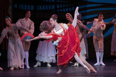 Ballet Nacional de Cuba_ Premier dancers Viengsay Valdés as Kitri and Dani Hernández as Basilio_ Don Quixote_Photo by Teresa Wood