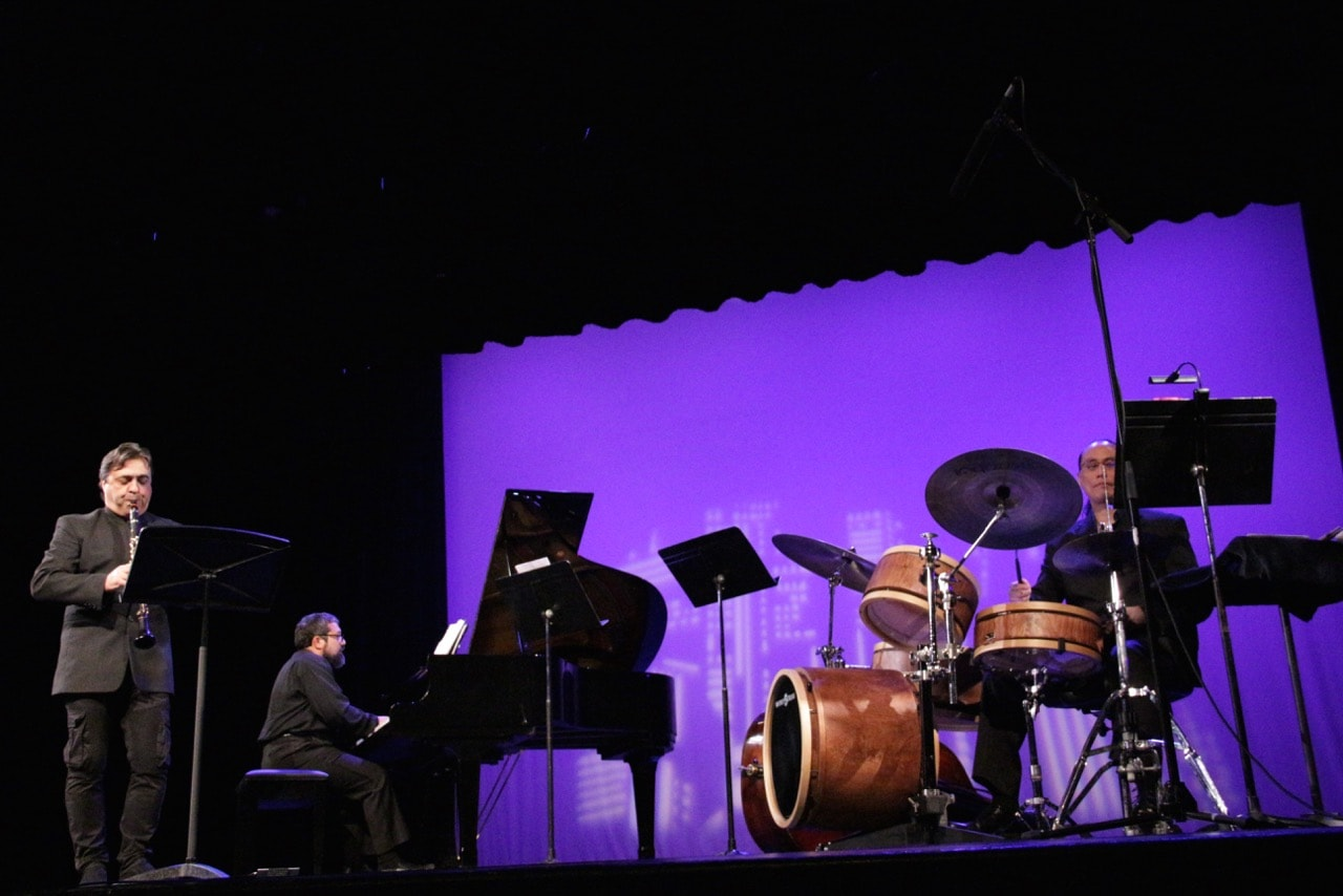Julian Milkis (clarinet), Carlos Cesar Rodriguez (piano), and Leland Nakamura (drums) in the National Chamber Ensemble's Today's Classical and Jazz Masters. Photo by Angela S. Anderson.