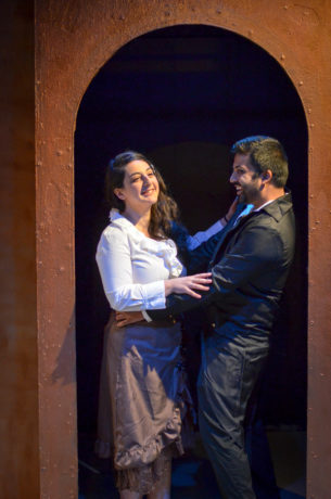 Leanne Dinverno and Andy De in Off the Quill's Frankenstein. Photo by Chelsie Lloyd.