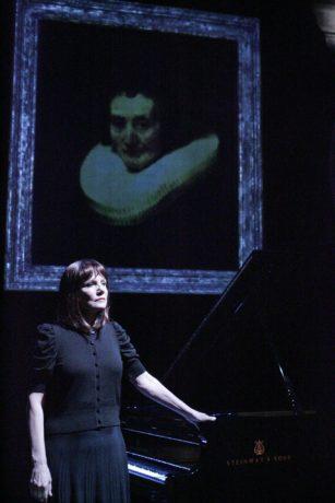 Mona Golabek in The Pianist of Willesden Lane. Photo courtesy of Hershey Felder Presents.