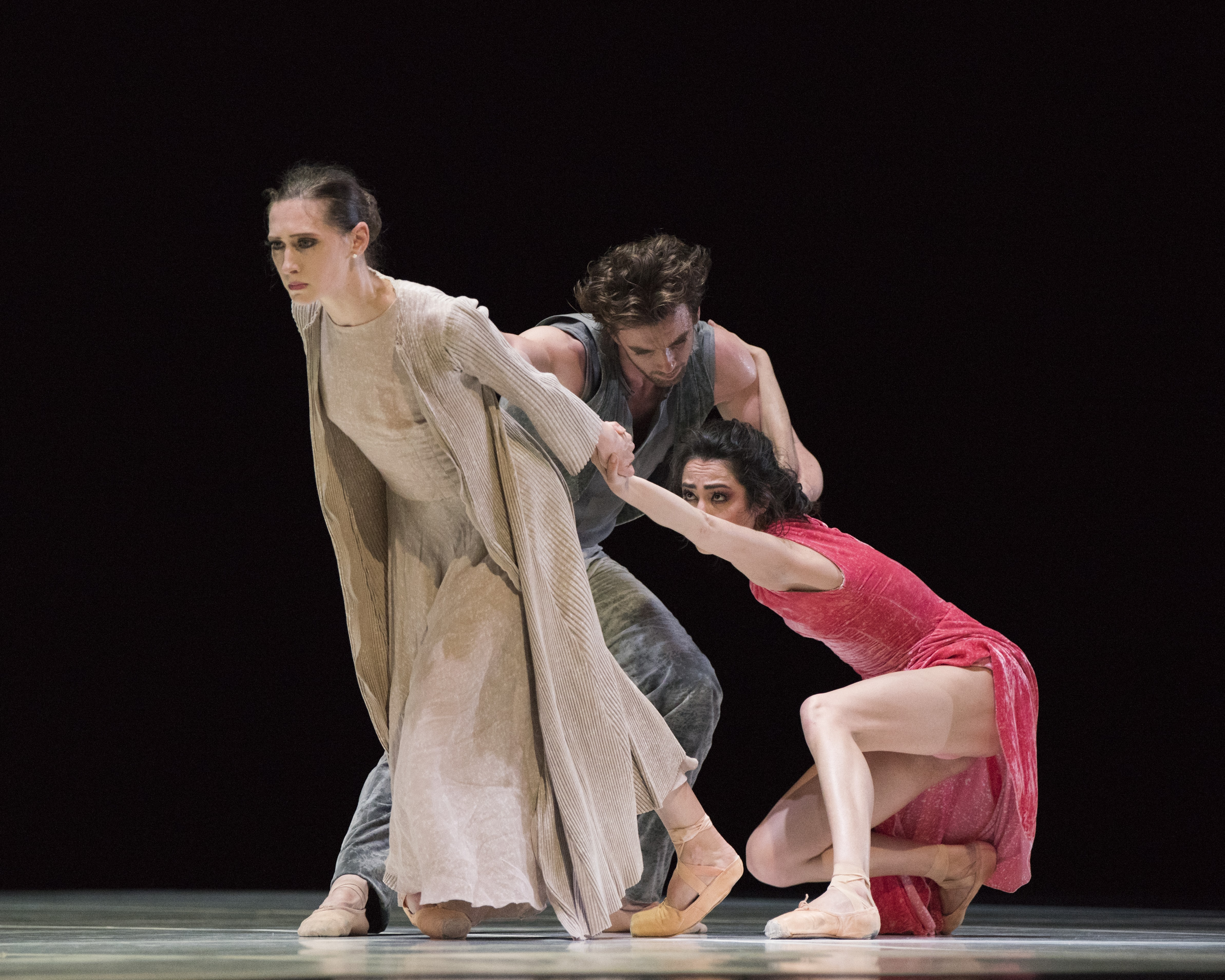 San Francisco Ballet performs Cathy Marston's Snowblind. Photo by Erik Tomasson.