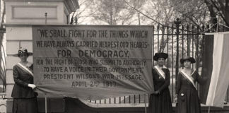 Suffragettes protest outside the White House. Photo courtesy of the Library of Congress.