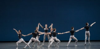 New York City Ballet in 'Kammermusik No. 2' by George Balanchine. Photo by Paul Kolnik.