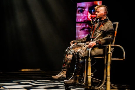 Alex Mills as Richard in Synetic Theater's production of 'Richard iii.' Photo by Brittany Diliberto.