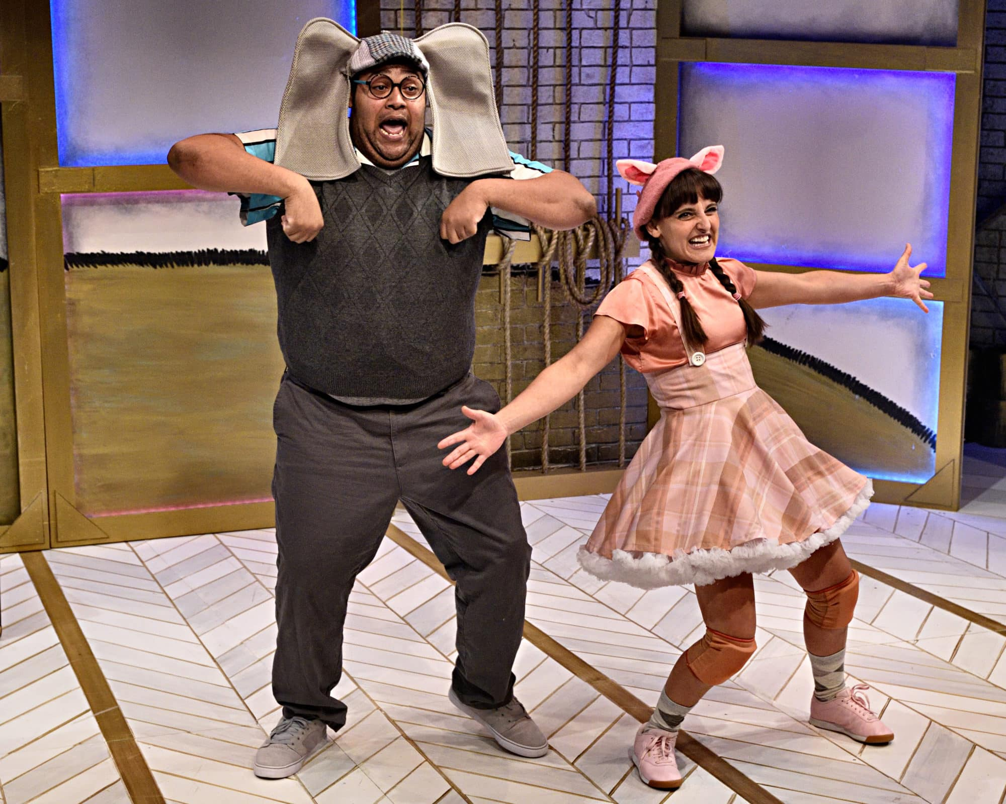 """Derrick Truby and Karen Vincent in """"Elephant & Piggie: 'We Are In A Play!'"""" at Adventure Theatre. Photo by Bruce Douglas."""