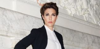 STC and National Theatre host an ongoing watch party of 'Twelfth Night' with Tamsin Greig until April 30.